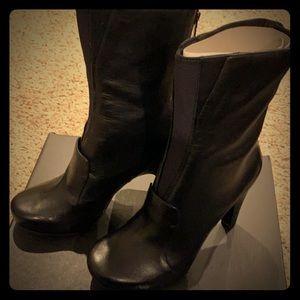Tsubo heeled boot